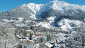 Dorp Klosters in de sneeuw