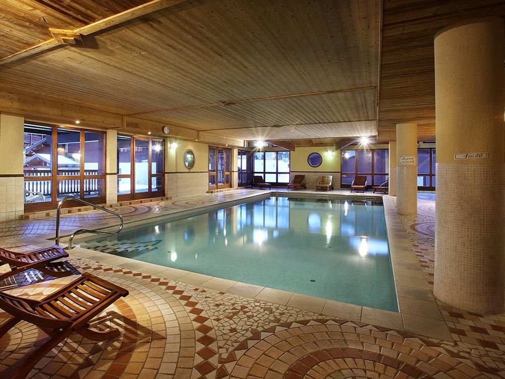 Chalet-Appartementen Des Neiges Arolles - Zwembad