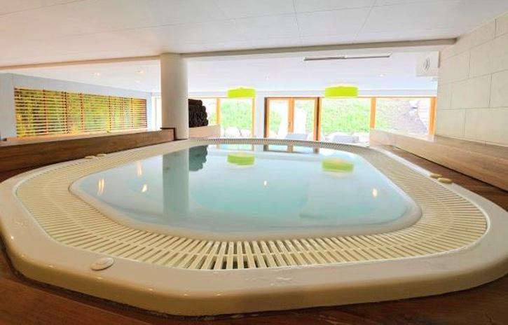 Appartement Mont Blanc Alpine Estate - Zwembad