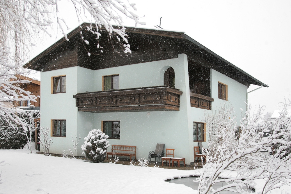 Chalet Holiday Home